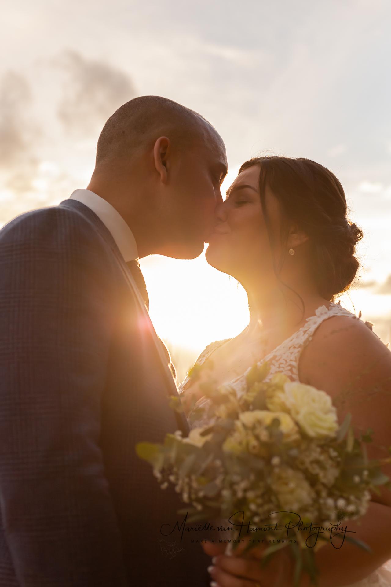 hamontfotografie | bruidsfotografie | golden hour | ja ik wil | bruidsfotograaf Noord-Brabant | bruidsfotograaf Nederland